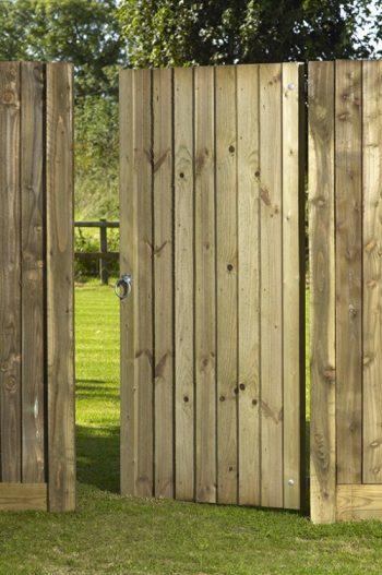 Babington-Gate-500x753