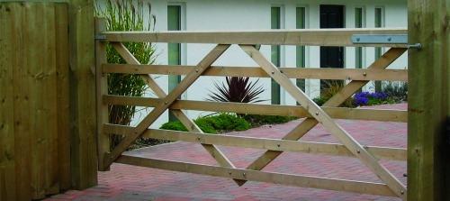 Five Bar Gates