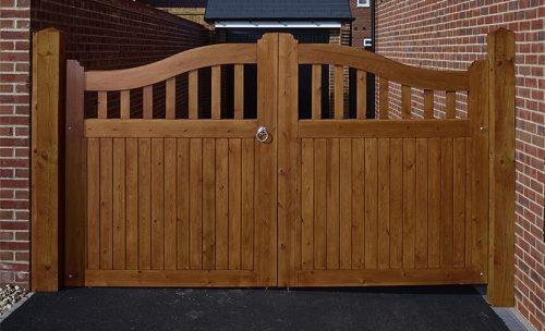 Courtyard Driveway Gates
